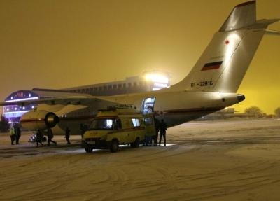 Спецборт МЧС России осуществляет санитарно-авиационную эвакуацию тяжелобольных граждан