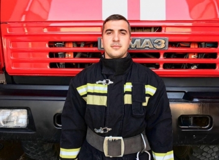 Пожарный из Гудермеса вошел в тройку лучших начальников караулов пожарно-спасательных частей СКФО